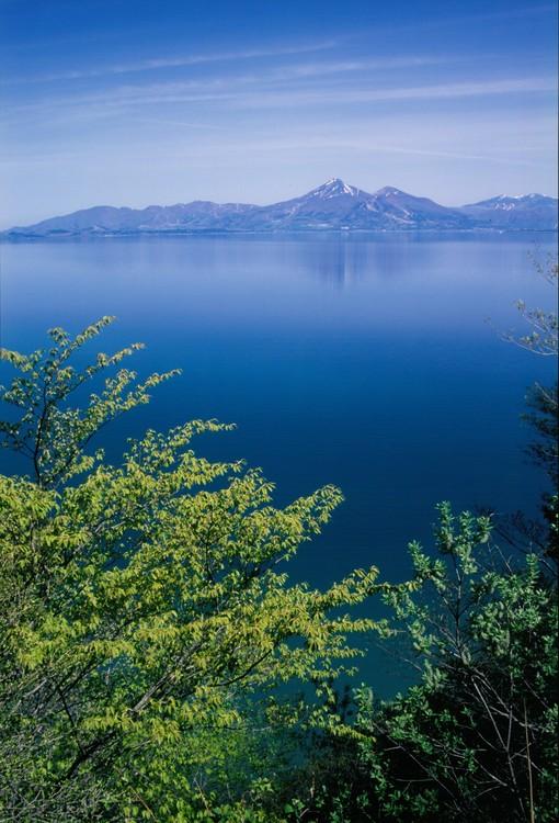 The Prize winner of 1st Photo Contest of Lake Inawashiro and Urabandai Lakes and Marshes Konpeki no mizuumi