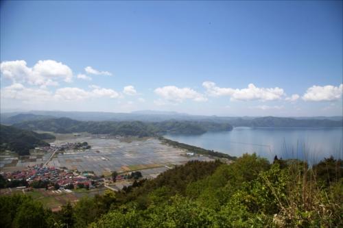 麓山から臨む猪苗代湖